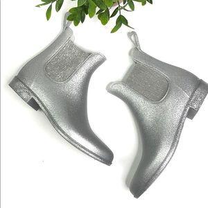 J Crew | New silver glitter Chelsea boots 9